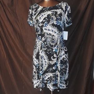 Connected Apparel Dress with Pockets Peacock Print